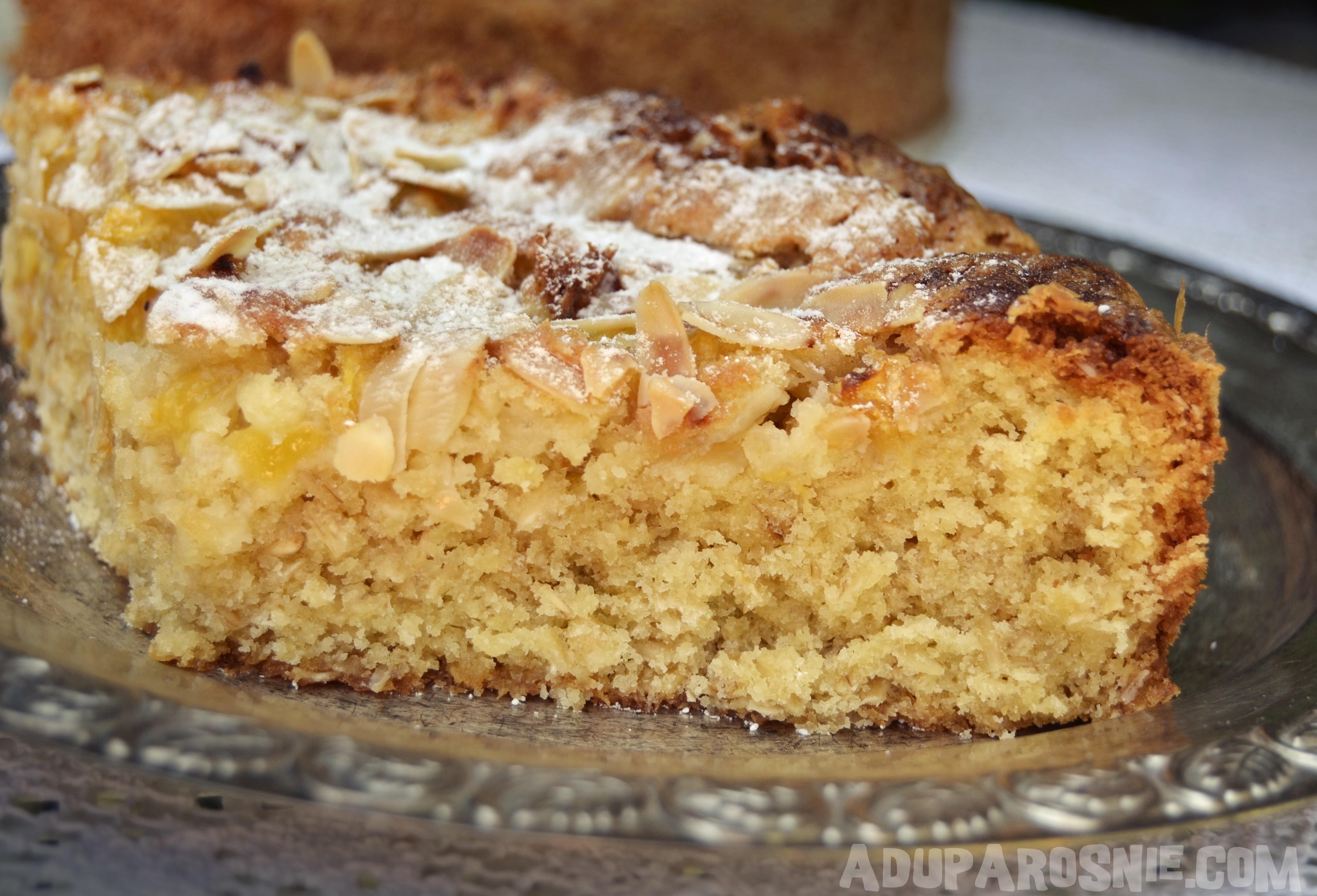 ciasto brzoskwiniowe z płatkami owsianymi (1)